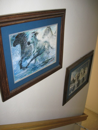 Horses Stampede Painting on Stairs Wall (Cuadro Estampida de Caballos en la Pared de las Escaleras)
