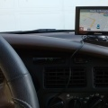 Garmin GPS Mounted on Dashboard - Garmin GPS Montado en Tablero de Instrumentos