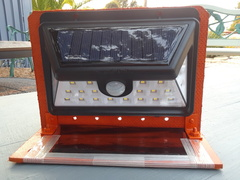 Solar Lights Installed to Base - Luces Solares Instaladas a la Base